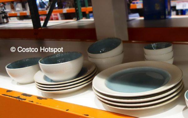 Costco Display of Laurie Gates Monterey 16-Piece Dinnerware Set